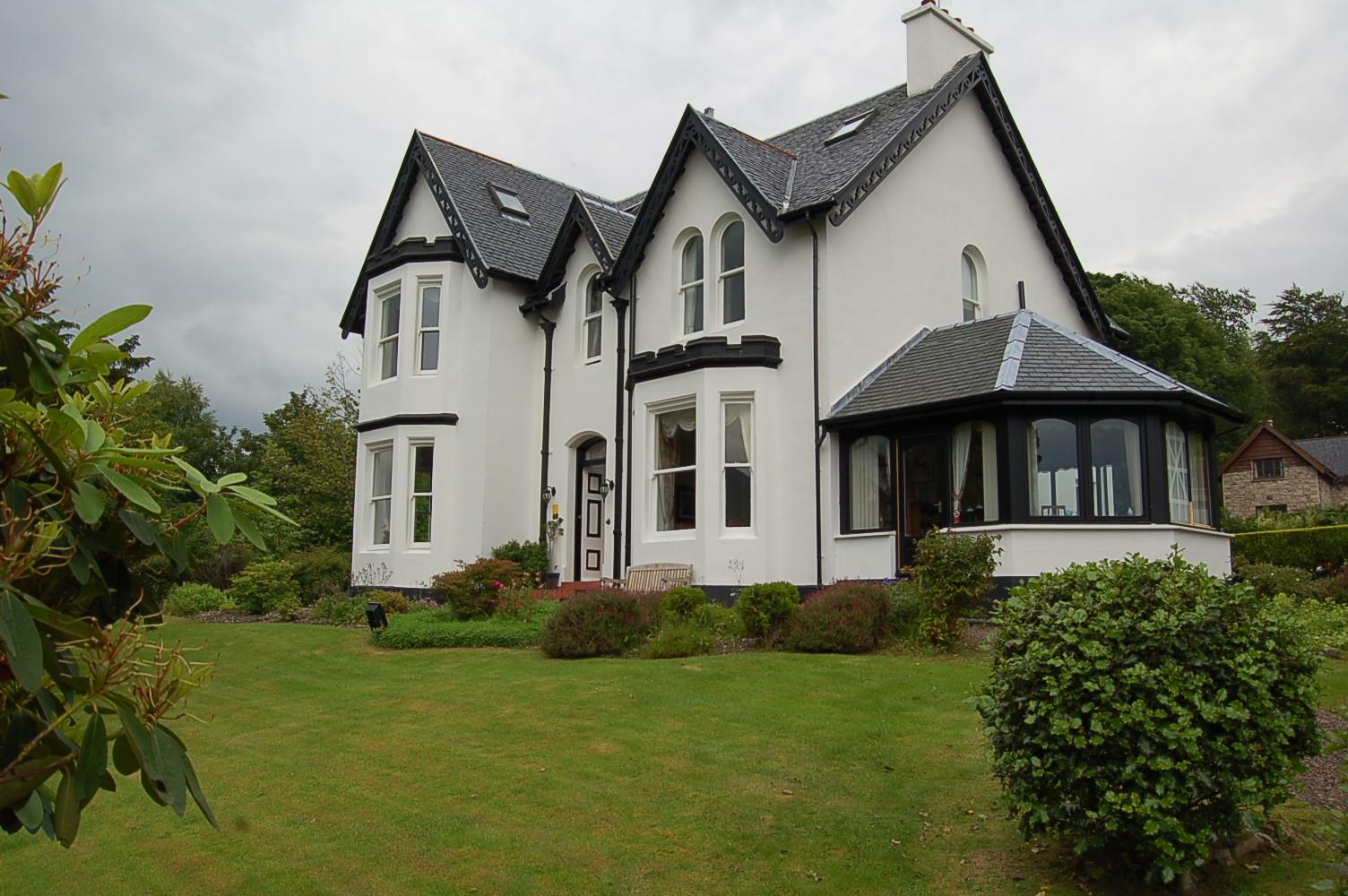 Ashburn House-Guest House