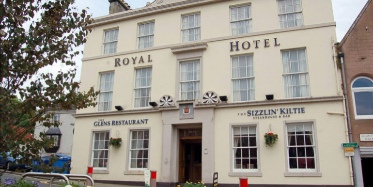 Royal Hotel Blairgowrie front
